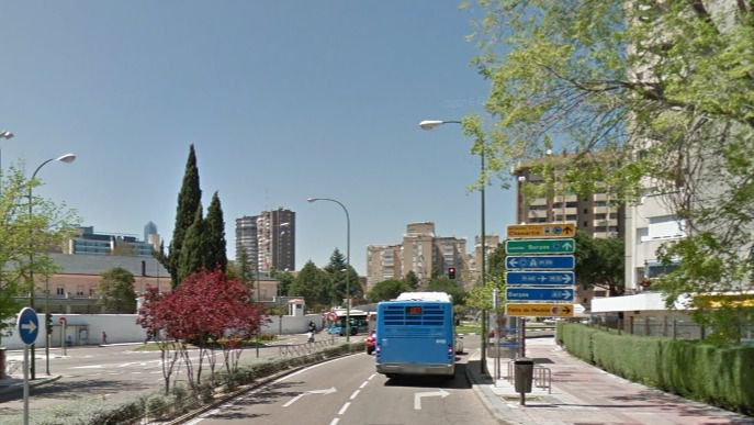 Comienza la implantación del carril bus de la avenida San Luis
