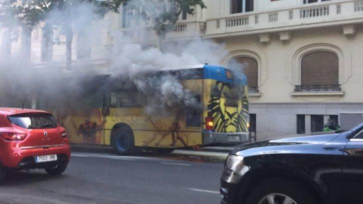 """Sabanés califica de """"gravísimo error"""" del PP dejar de invertir y aumentar la vida útil de los autobuses de la EMT"""