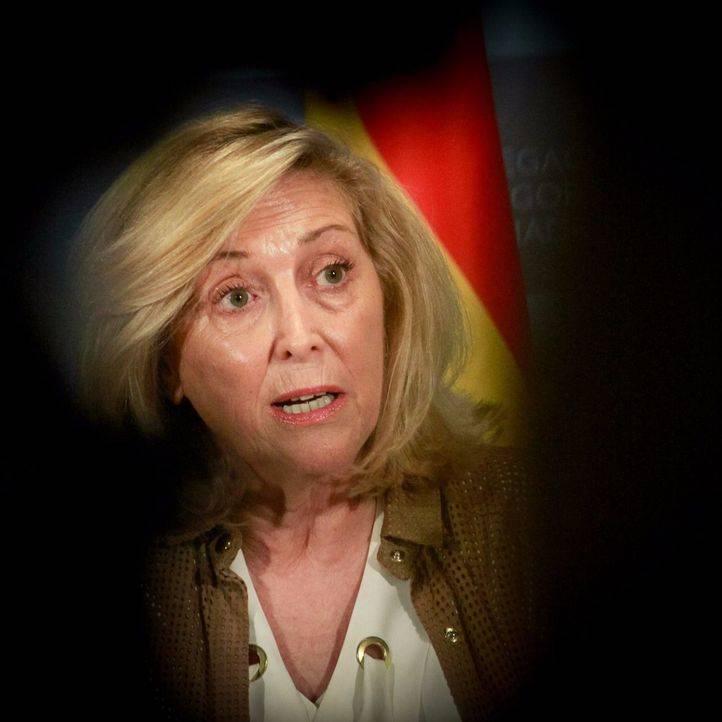 Dancausa niega ilegalidades en el contrato de Mercamadrid y se muestra indignada por su imputación