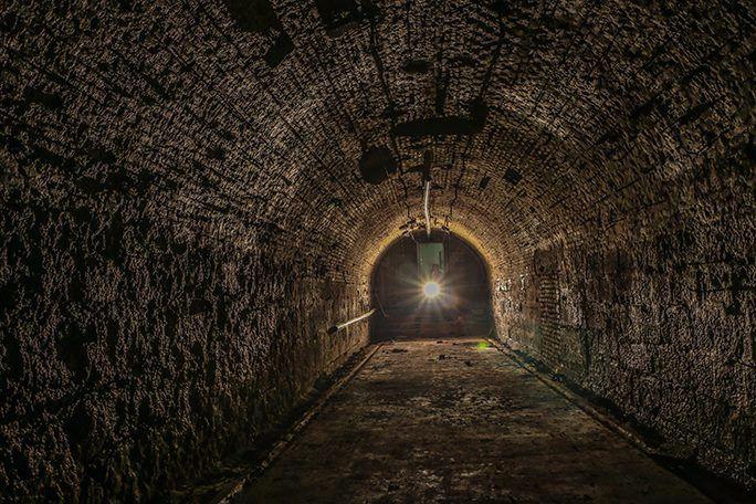 Descubiertas cuatro bóvedas del siglo XVI en la antigua fábrica de chocolate de El Escorial