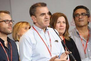 Franco lanza su 'operación equipo': anular a Hernández, diluir el 'susanismo' y atajar a sus aliados