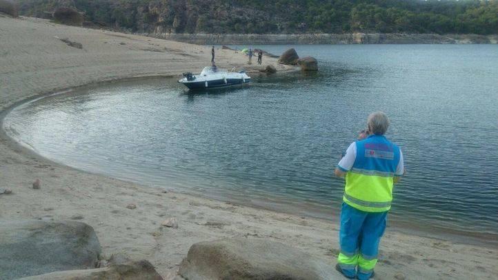 Los equipos de Emergencias durante el dispositivo de búsqueda de la joven