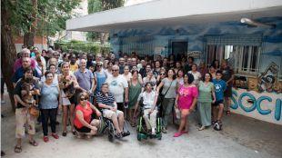 La Asociación de Vecinos de Manoteras teme ser desahuciada por una deuda de 68.000 euros