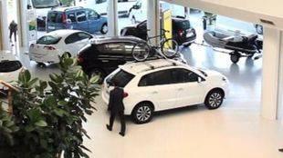 Cae una red que falsificaba compras de coches para cobrar del Plan PIVE