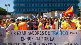 La huelga de examinadores ha impedido que se celebren 72.000 exámenes prácticos