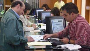 La Comunidad convoca una OPE de 164 plazas de auxiliar administrativo