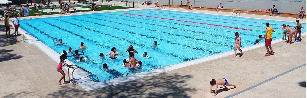 Las piscinas de san blas y francos rodr guez acogen for Piscina francos rodriguez