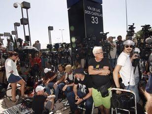 Un escenario con luces, micrófono y atril recibirá a Ronaldo ante los medios tras su declaración