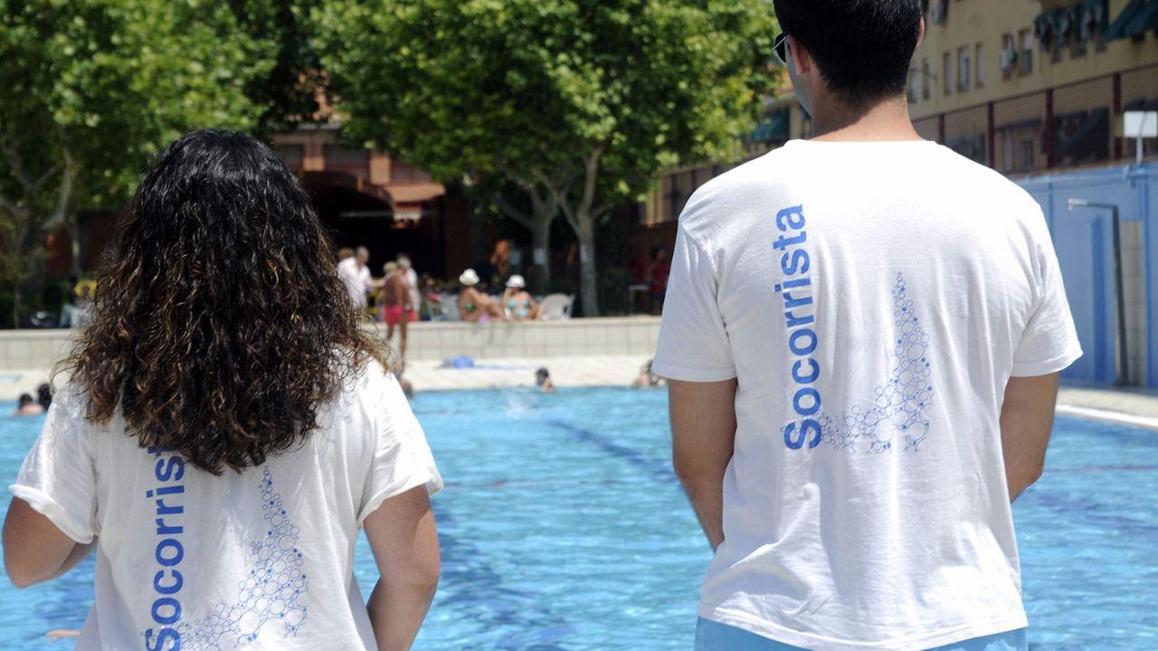 El consejero de sanidad propone reconocer a los socorristas como autoridad acu tica madridiario - Socorrista de piscina ...