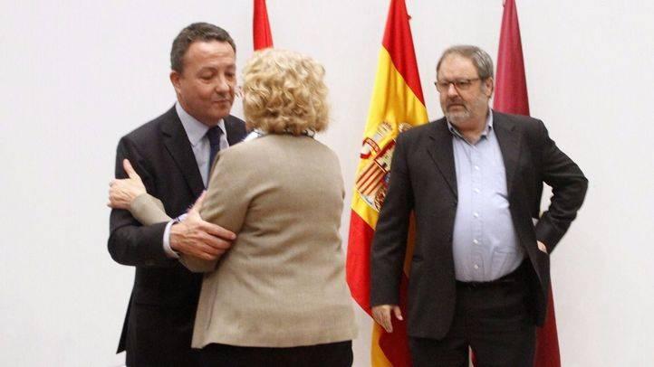 Íñigo Henríquez de Luna y Manuela Carmena en una foto de archivo.