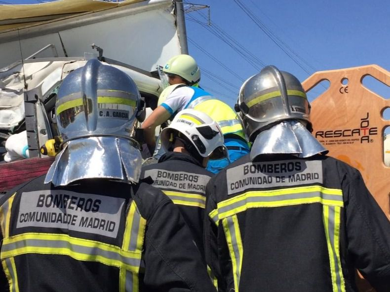 El cuerpo de bomberos de Móstoles se integrará en el Servicio de Extinción de Incendios de la Comunidad