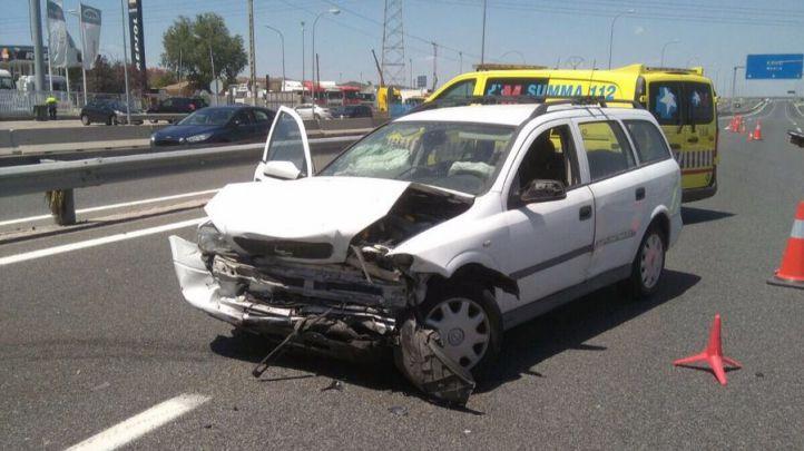 Estado de uno de los vehículos siniestrados en el choque.