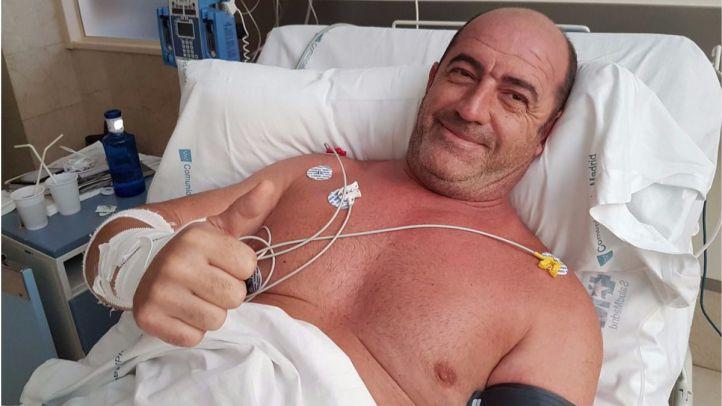 Dado de alta el bombero que sufrió un infarto tras intervenir en un incendio en Vallecas