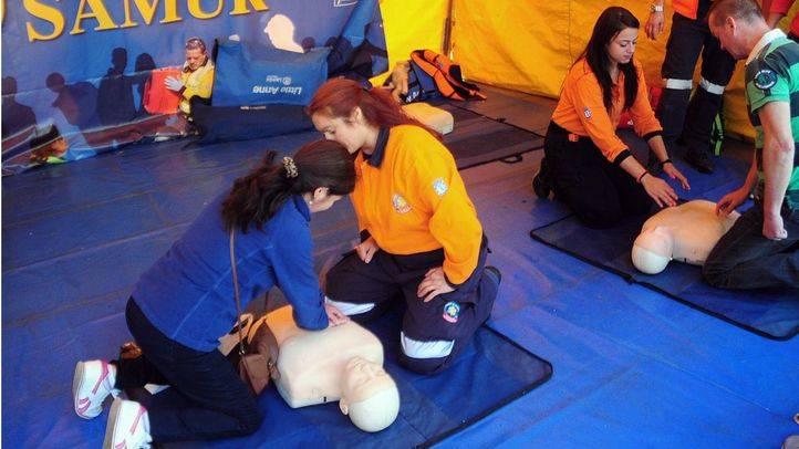 Foto de archivo de un curso sobre primeros auxilios