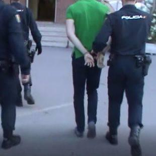 Arrestado por robar tapas de registro de suministros en Parla