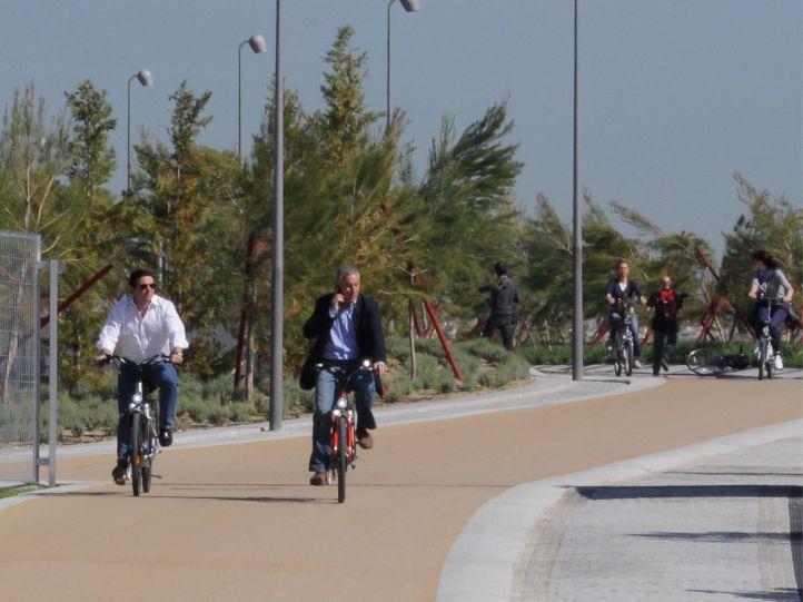 Vía ciclista en Madrid Río