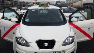Foto de archivo de los taxis de Madrid