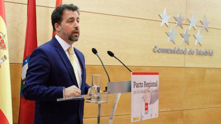 Mejoras en el transporte, un centro de salud y una oficina de empleo: exigencias de Rivas a Cifuentes