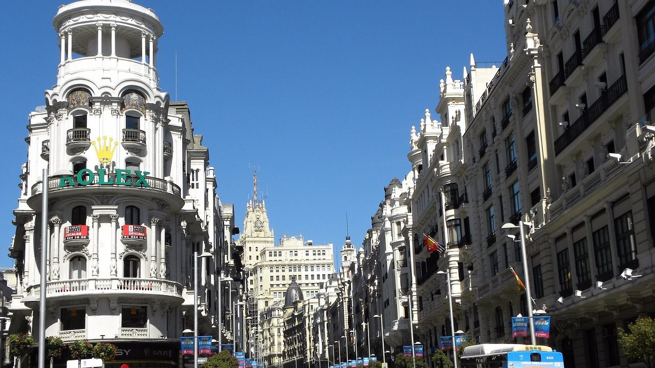Ventajas e inconvenientes de alquilar o comprar un piso en for Pisos com madrid