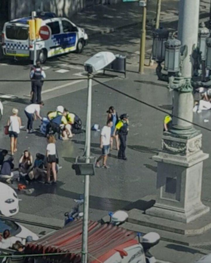 Dos atentados, 14 muertos y más de 100 heridos en Cataluña