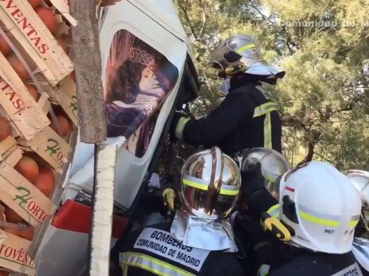 Un accidente entre tres camiones produce retenciones en la A-4