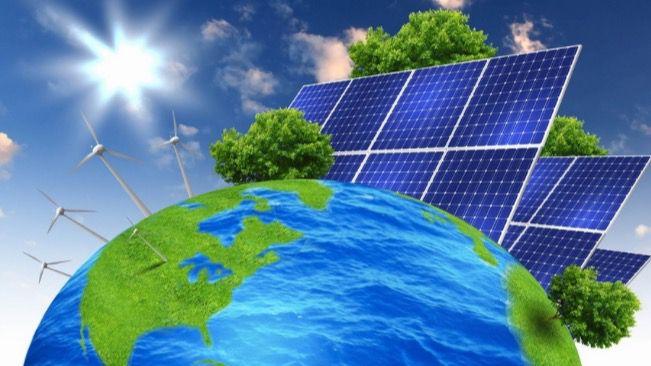 Nervis Villalobos, el experto consultor energético defensor de las energías renovables