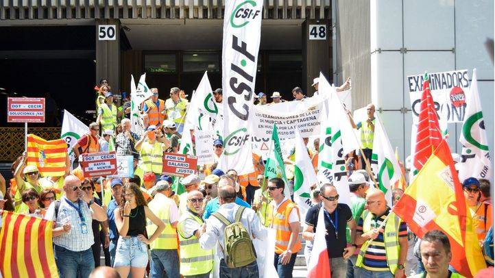 Concentración de los examinadores de tráfico en la jornada de huelga convocada en toda España del pasado mes de junio