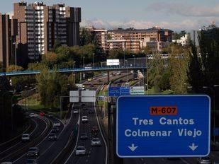 Cartel hacia la carretera de Colmenar M-607. (Archivo)