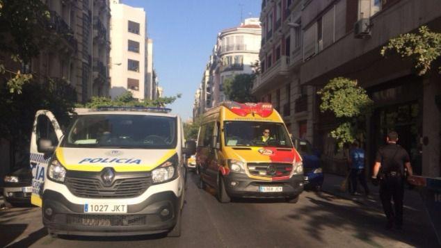 Los servicios de emergencias y la Policía Municipal de Madrid, en el lugar del suceso