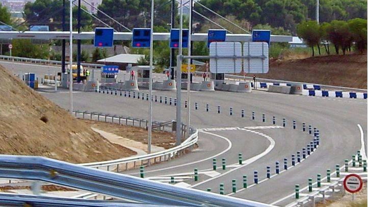 Peaje en Alcalá de Henares; autopista radial 2.