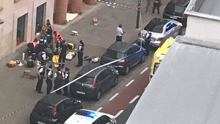 Imágenes del intento de apuñalamiento en Bruselas.