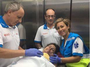 Una mujer da a luz en su casa de Alcalá de Henares