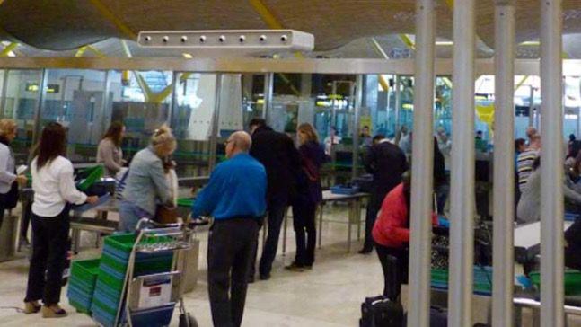 Filtros de seguridad del Aeropuerto Adolfo Suárez Madrid-Barajas.