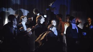 Fernán Gómez: teatro de máscaras, cabaré y jazz