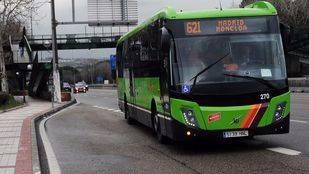 Autobús de linea 621 Interurbano en la A6