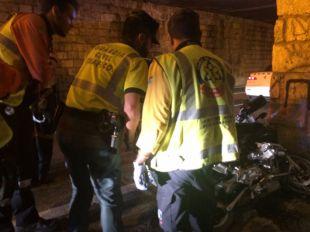 Un motorista fallece contra un muro en El Plantío
