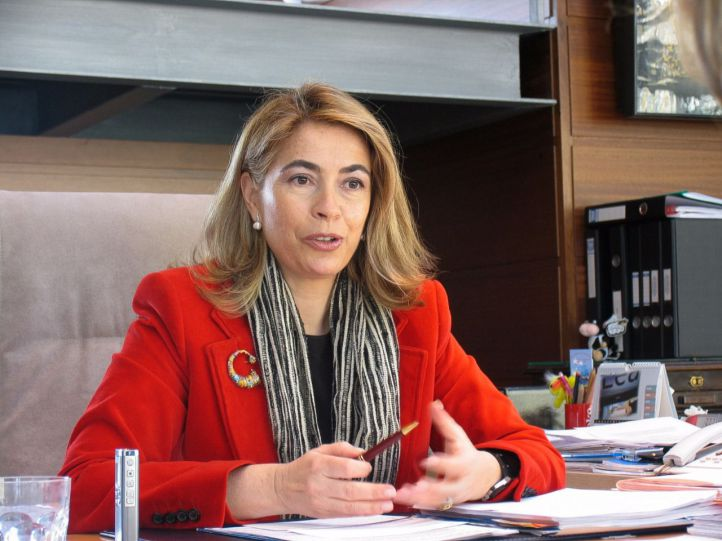 Moñux dice adiós: formaliza su renuncia a la Asamblea