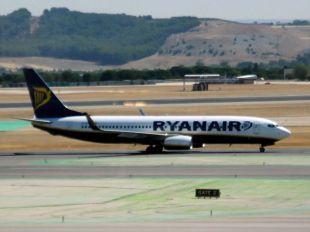 Evacuado un avión con destino Madrid por una falsa amenaza de bomba