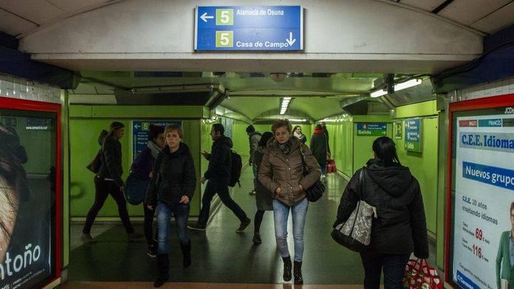 Estación de la línea 5 (l5) de Alonso Martínez del Metro de Madrid.
