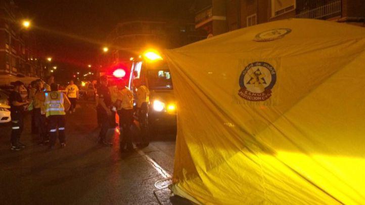 Los servicios de emergencias atienden a los heridos