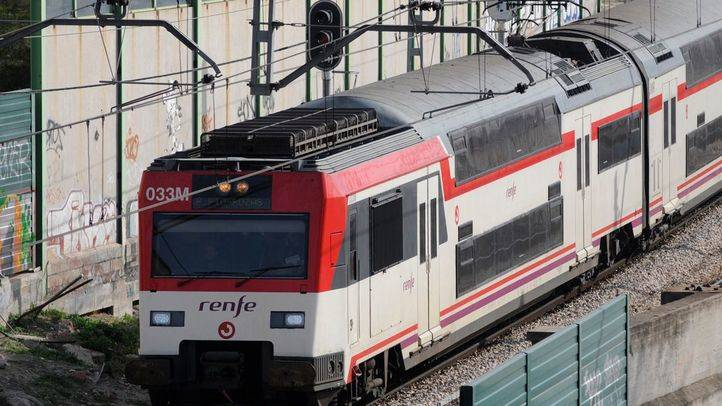 Tren de Cercanías (archivo)
