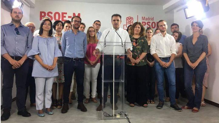 Franco ha comparecido rodeado de su equipo, entre los que hay representantes de distintas corrientes en las últimas federales