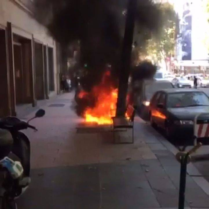 Arde una moto en Velázquez sin causar heridos