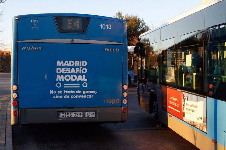 Autobús de la línea E4 de la EMT.