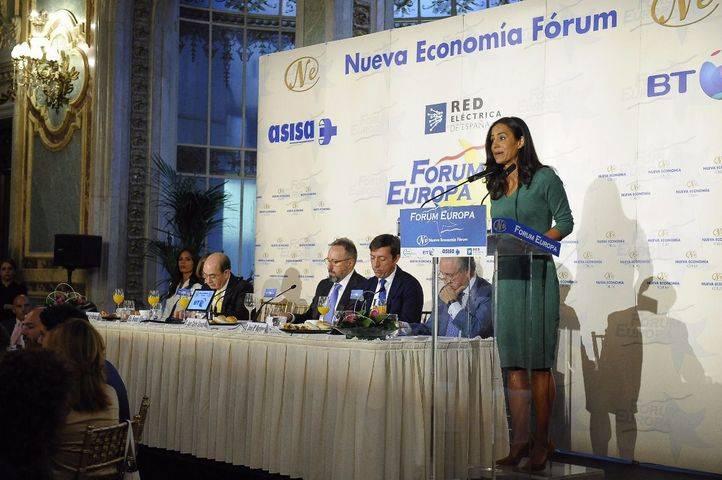 Begoña Villacís y Juan Carlos Girauta en el desayuno de  Nueva Economía Fórum