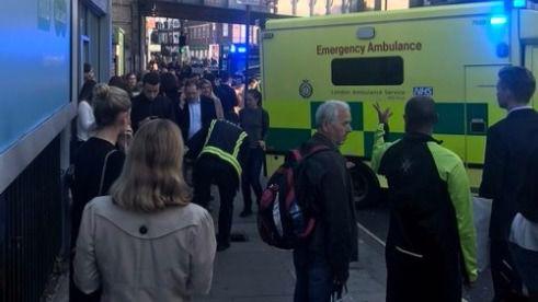 Varias personas heridas por una explosión en el metro