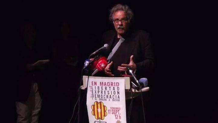 El diputado de ERC Joan Tardà en el acto prorreferendo del Teatro del Barrio