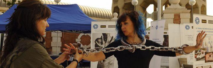 Una exposición humana contra la trata de personas