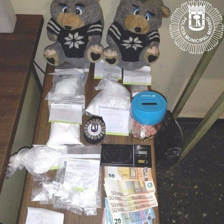 Dos traficantes, pillados con cocaína dentro de peluches
