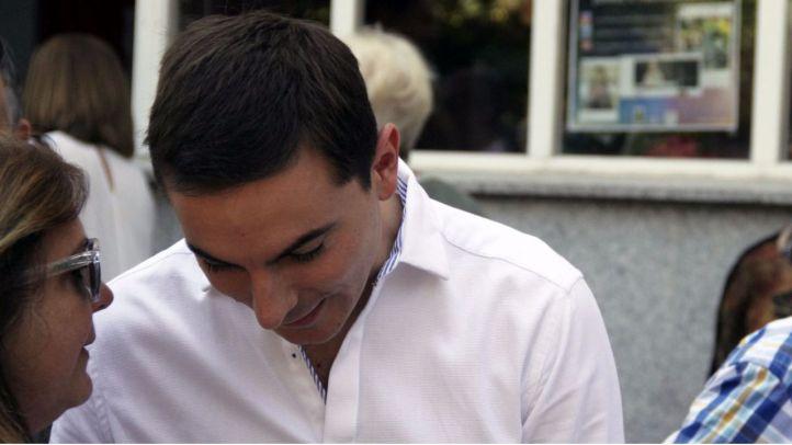Manuel Lucas también se suma a la campaña a favor de Lobato